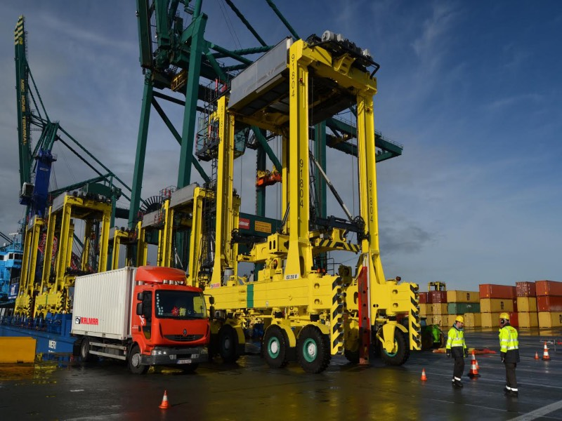 Kalmar's electric straddle carriers support capacity expansion at MPET, Port of Antwerp